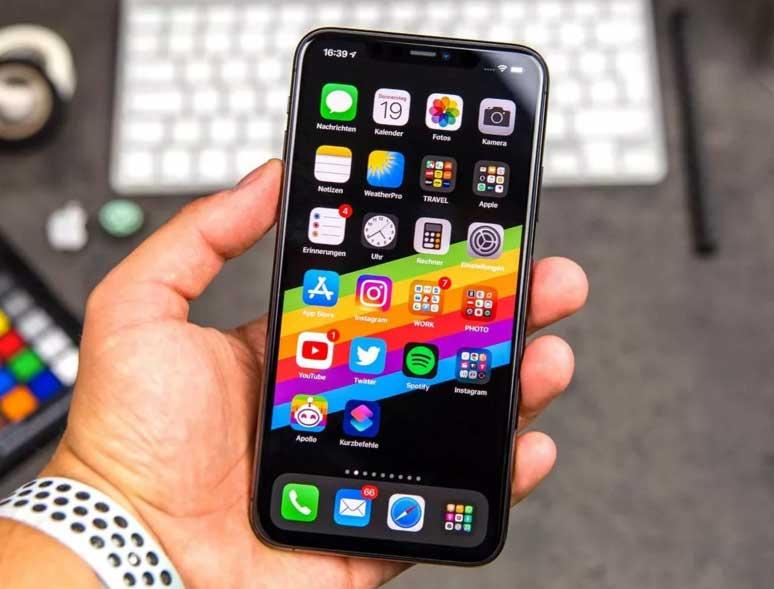 Продажи смартфонов iPhone 12 mini и iPhone 12 Pro Max начались в России 13 ноября 2020 г.